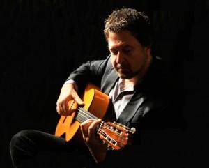 Classical-Guitarist-2016